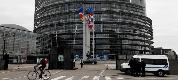 El Parlamento Europeo da luz verde a congelar los pagos comunitarios a los países corruptos