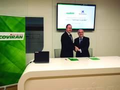 Firma de convenio entre Fundación Covirán y Obra Social La Caixa