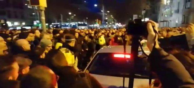 Incidentes en el primer día de huega de taxistas en Barcelona