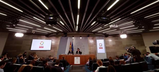 Claves de los nuevos impuestos aprobados por el Gobierno: qué es la tasa Google y la tasa Tobin