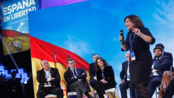 Isabel Bonig interviene en la Convención Nacional del PP