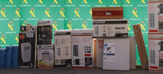 La Guardia Civil detiene a tres personas por hurtos en un almacén de Marratxí, uno de ellos el ...