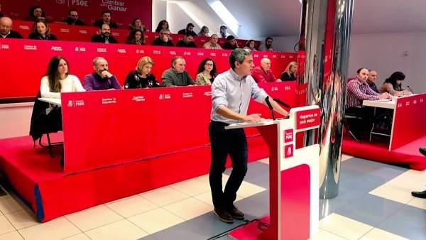 Zuloaga interviene ante el Comité Regional del PSOE