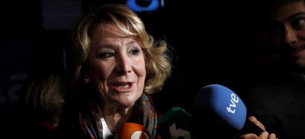 Aguirre alerta de la fuga de votantes del PP a Vox y marca distancias con Rajoy