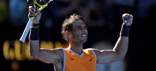 Nadal y Bautista, a cuartos del Open de Australia; Federer cae ante Tsitsipas