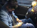 Dos conductores ebrios se duermen tras huir de la policía