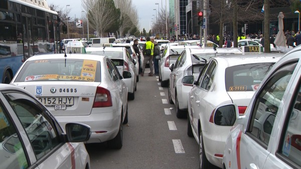 Taxistas de Madrid serán expedientados