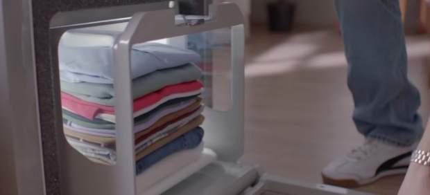 Un robot de planchado