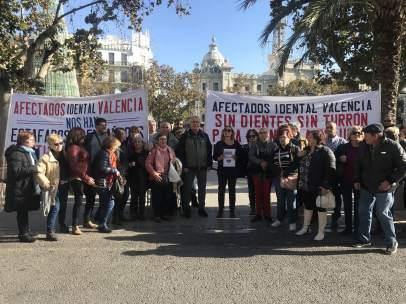 Afectados de iDental en Valencia