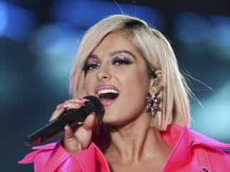 Bebe Rexha en una actuación