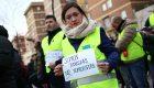 Los taxistas protestan en la sede de UGT en Madrid