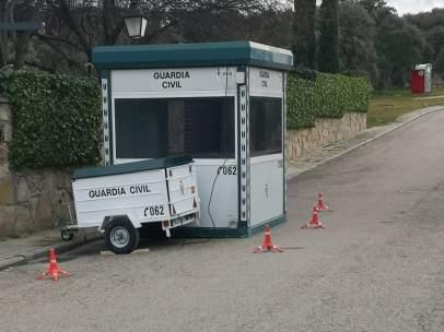 Caseta de seguridad de la Guardia Civil en la finca de Pablo Iglesias
