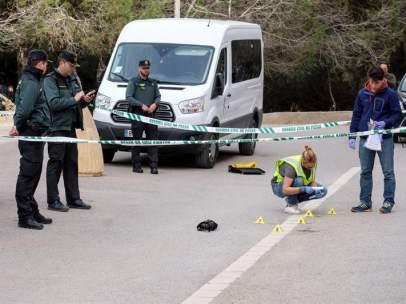 Una joven mata a un hombre en Ibiza