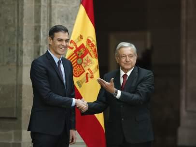 Pedro Sánchez y Andrés Manuel López Obrador en el Palacio Nacional de la Ciudad de México.