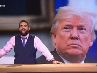 Dani Mateo ironiza sobre Donald Trump, en 'El intermedio'.