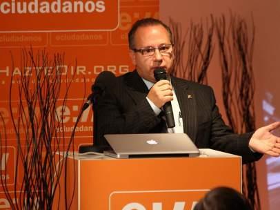 Francisco José Alcaraz, nuevo senador por Vox.