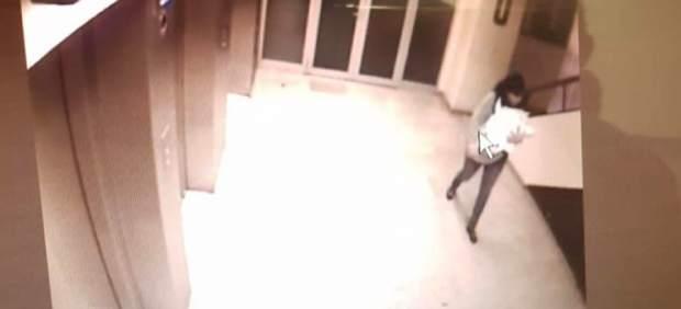 Una mujer secuestra un bebé