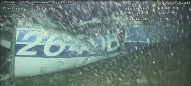 Comienzan los trabajos para recuperar el cuerpo encontrado en la avioneta en la que viajaba ...