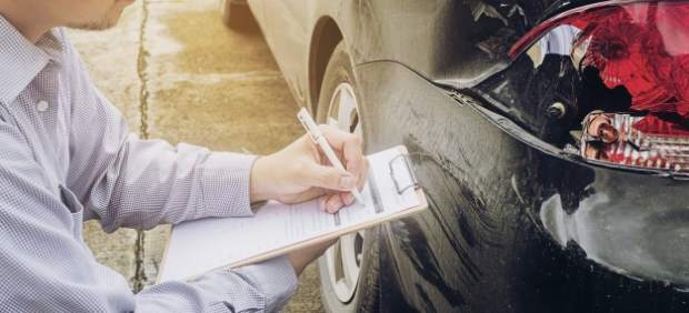 ¿Qué documentación hay que llevar siempre en el coche?