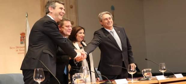 Firma del acuerdo del campus de Guadalajara