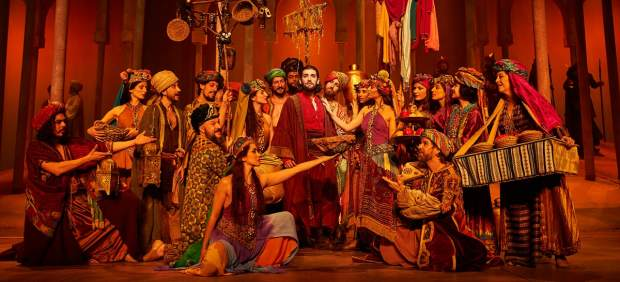 Una escena de 'El médico. El musical'