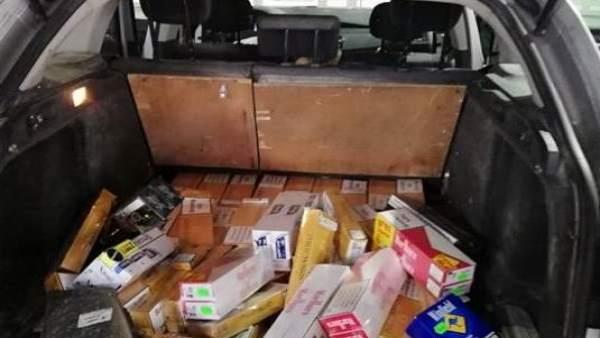 Tabaco intervenido en la aduana de la Farga de Moles (Lleida)