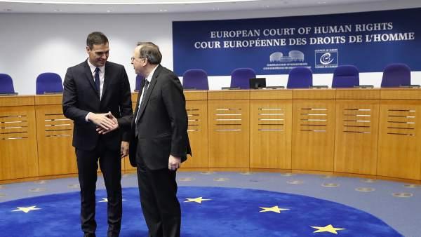 El presidente del Gobierno y el presidente del Tribunal Europeo de Derechos Humanos, en Estrasburgo.