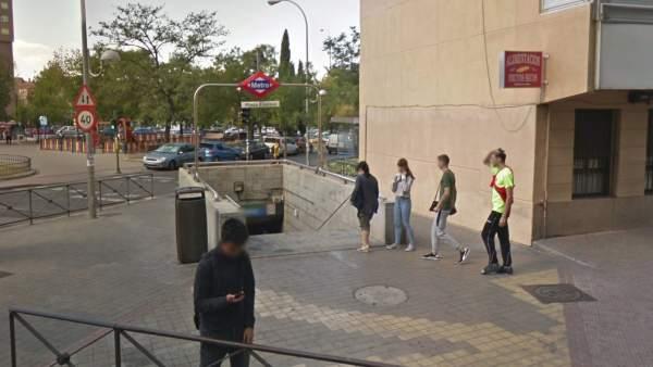 Metro de Madrid: Plaza Elíptica.