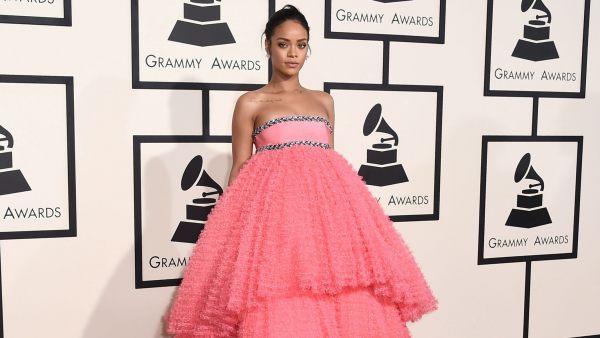 El reto de Rihanna a los internautas por su 31 cumpleaños