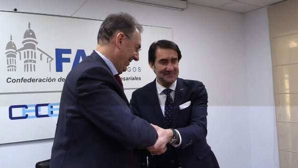 Suárez-Quiñones con Miguel Ángel Benavente, presidente de FAE.