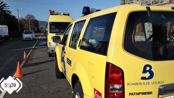 Colisión entre turismo y furgoneta en Barcia (Valdés)