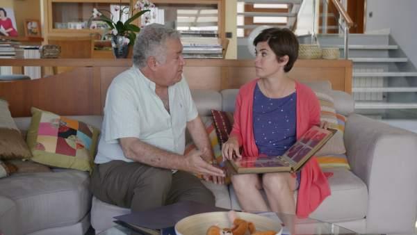 Samanta Villar con su padre, Manuel, en 'La vida con Samanta'.