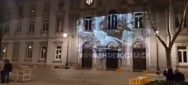 Las cargas del 1-O en la fachada del Supremo
