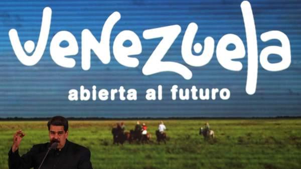 Nicolás Maduro, presentando una campaña turística