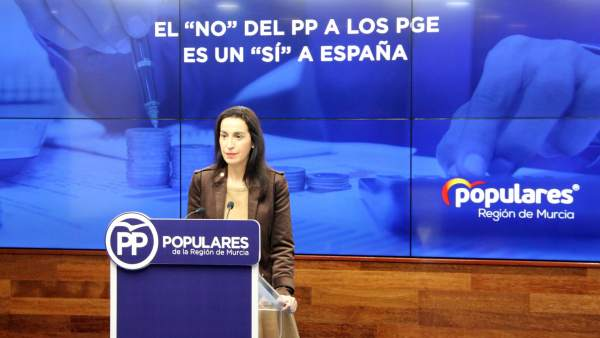 La portavoz del PP de la Región de Murcia, Nuria Fuentes