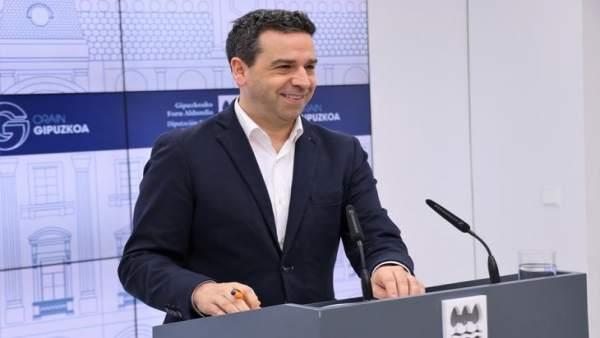 El portavoz de la Diputación de Gipuzkoa, Imanol Lasa