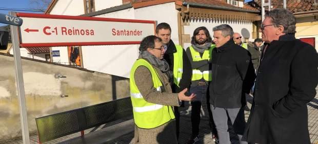 Zuloaga visita las obra de refuerzo y mejora de puentes sobre vía férrea