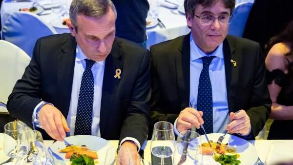 Puigdemont, en la cena de la gala Cinema for Peace de Berlín