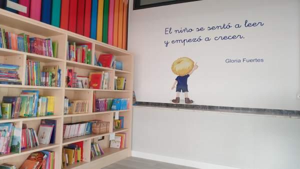Imagen de la nueva biblioteca del Colegio Jesuitinas de Valladolid