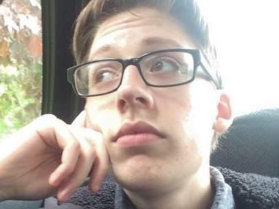 Ethan Lindenberger, el joven que decidió vacunarse al cumplir su mayoría de edad.