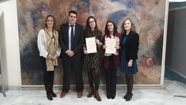 Luna Moreno y Marta Álvarez reciben premios de la Cátedra Endesa