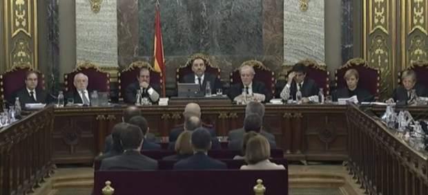 Los políticos presos frente al juez.