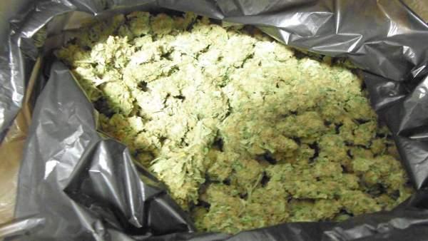 Bolsa con más de un kilo de marihuana hallada en un coche en Figueres