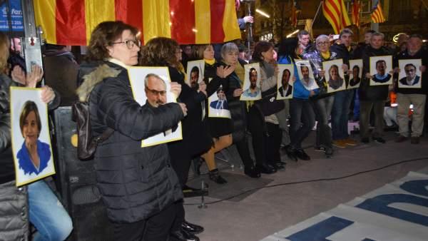 Concentración en Lleida en protesta por el juicio del 1-O