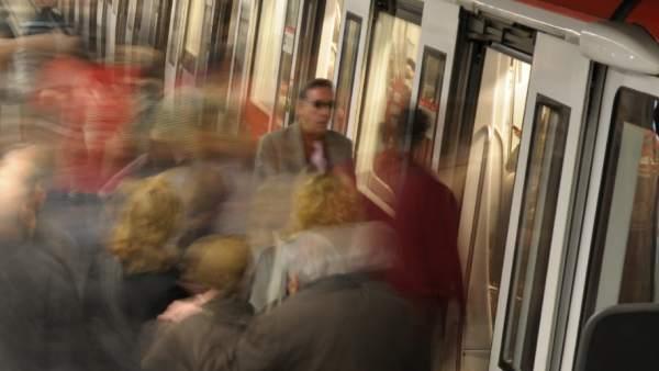 Andén de la L1 del Metro de Barcelona.