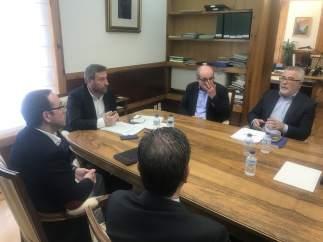 Reunión de José Luis Soro con el taxi y VTC.