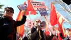 Un millar de chinos se manifiesta contra BBVA