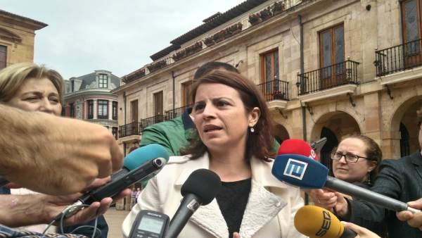 Adriana Lastra en Oviedo