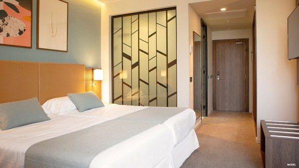 Habitación del hotel Riu Plaza España