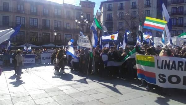Imagen de la manifestación organizada por la Mesa por la Recuperación de Talaver